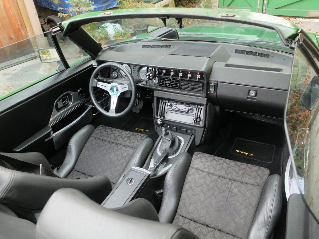TR7 V8 interior