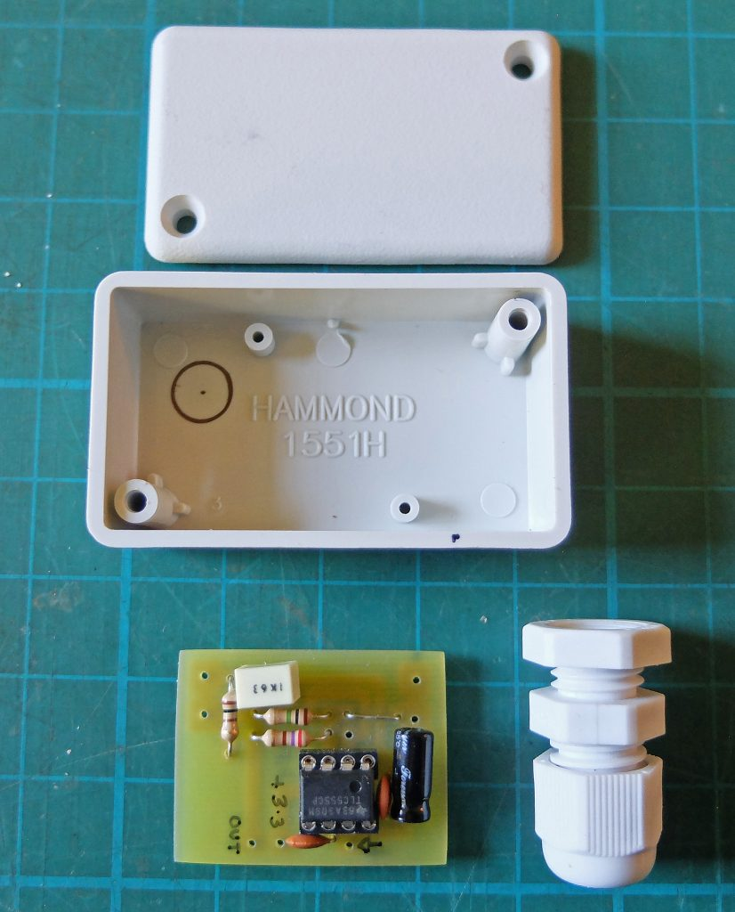 Dampness sensor pcb and case